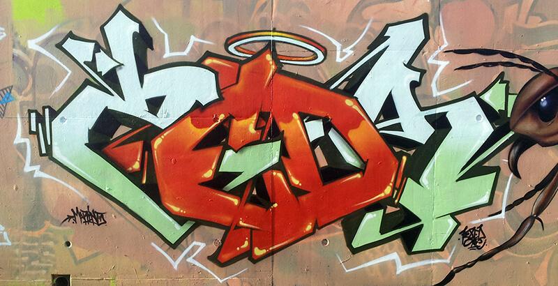 graffiti_decoration_amiens_kzed_feat_saem