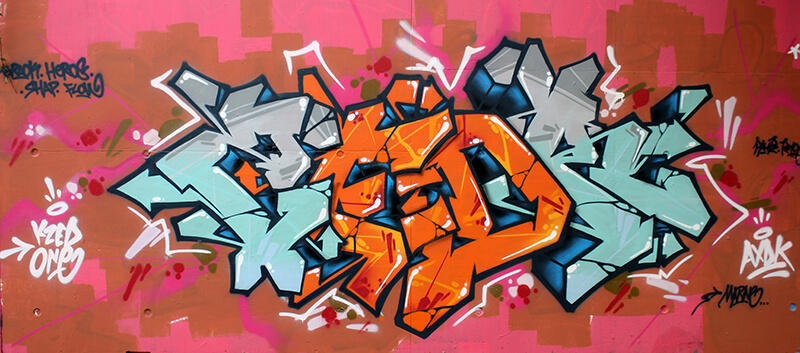 kzed_axdk_amiens_graffiti_bleu_orange