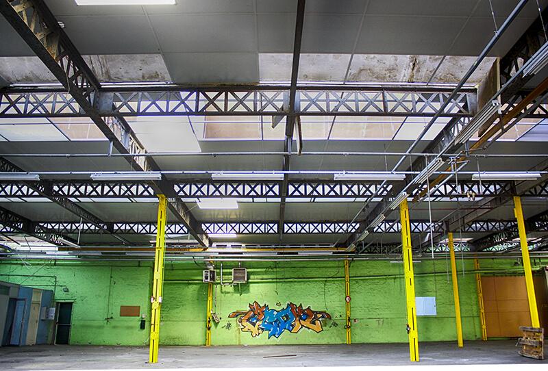 graffit de kzed - marront et bleu