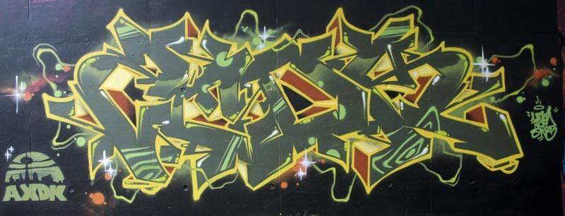 Kzed_axdk_amiens_graffiti_Vert_Jaune