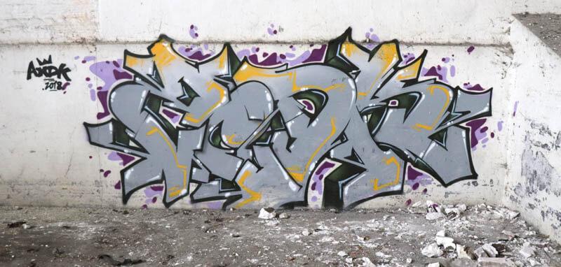 Graffiti réalisé par kzed du crew AXDK, Amiens Graffiti