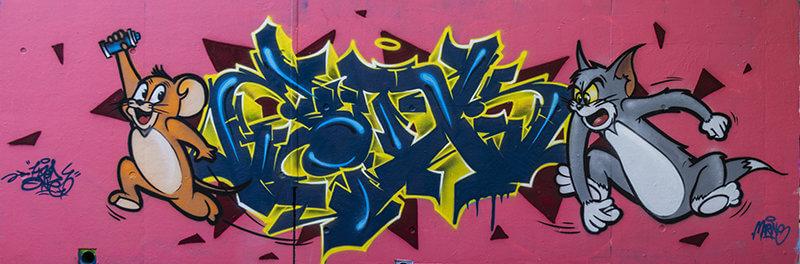Catch_me_if_you_can - Graffiti de kzed avec un lettrage et deux personnages representant titi et gros miné
