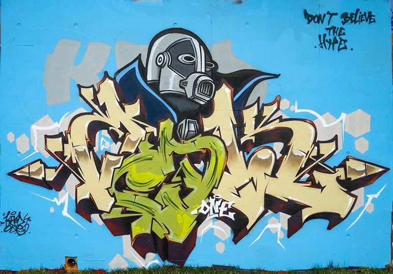 Robot-kzed-zedk-amiens-graffiti-streeart-decoration