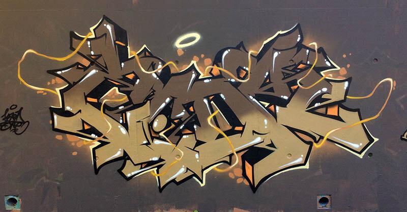 Graffiti de kzed du crew axdk - Amiens graffiti decoration - Brown to brown