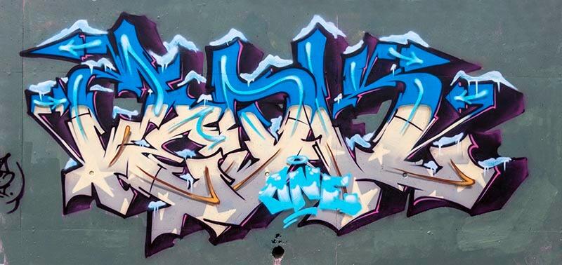Kzed_zedk_amiens_graffiti_graff_decoration_lets_it_snow